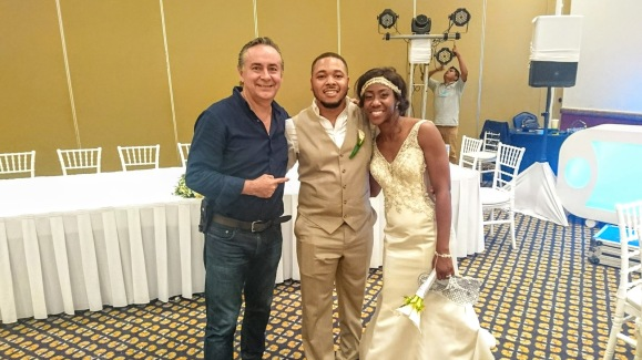 2017-09-02 Mr & Mrs Easterling at Fiesta Americana