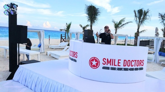 2017-09-13 Smile Doctors at Aqua Cancún
