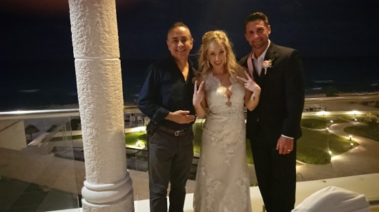 2018-04-28 Mr & Mrs Delarue at Sandos Cancún